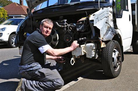 Car Garages Kettering by Kettering Garages Avondale Motor Engineers Ltd