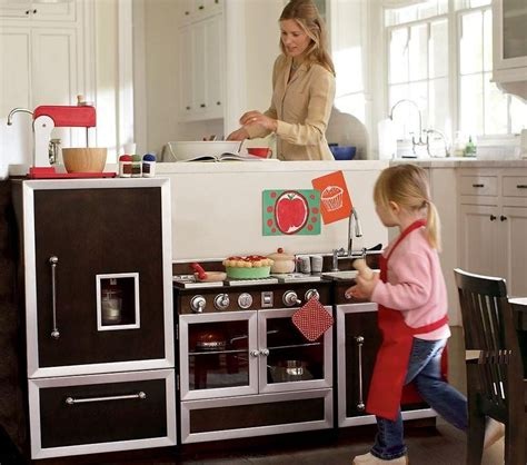 5 gourmet play kitchens for kids gift suggestion 13