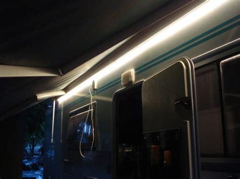 schrankbeleuchtung ohne strom leds an der markise urlaub auf r 228 dern reisen mit dem