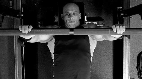 heavy bench press tips heavy bench press tips tip use the thumbless bench press t nation