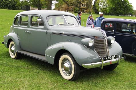 1937 pontiac parts file pontiac de luxe maufactured 1937 jpg