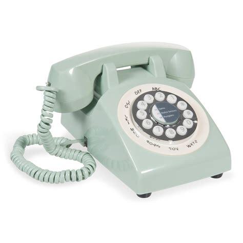 retro le t 233 l 233 phone vintage en plastique vert pastel maisons du monde