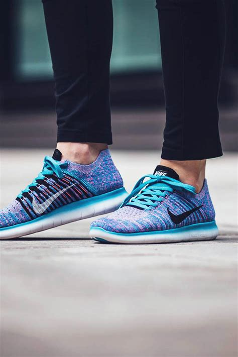 Kaos You Run Fly Nike nike free run flyknit 2017 blue and pink traffic school