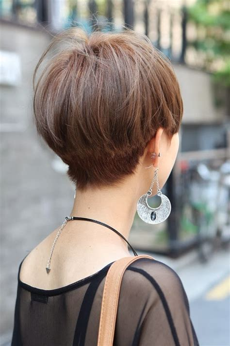 wiew of back of the head with asymetrical haircut best haircut style page 189 of 329 women and men