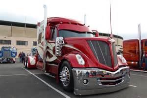Custom Wheels For Semi Truck Amazing Custom Semi Truck Cab Cool Chrome And Custom