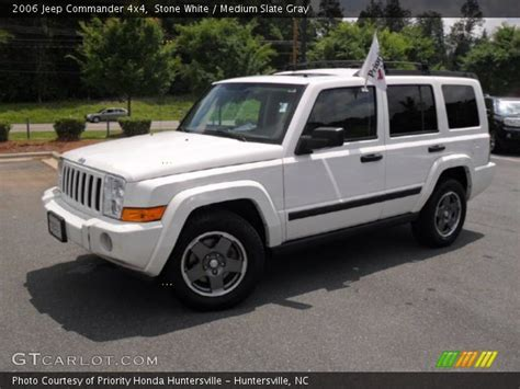 2006 Jeep Commander White White 2006 Jeep Commander 4x4 Medium Slate Gray