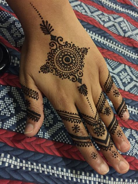 henna tattoo before and after henna designs