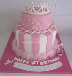 prinzessin kuchen princess themed cakes on princess cakes