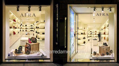 negozi arredamento roma est arredamento negozio roma calzature e borse effe arredamenti