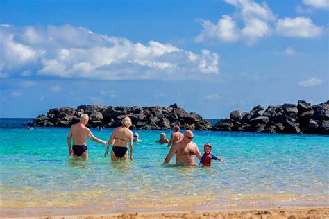 sea water temperatures swimming snorkelling guide
