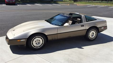 how to work on cars 1986 chevrolet corvette windshield wipe control featured find 1986 corvette with only 3 500 miles