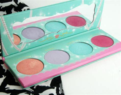 Manhattan Viva Eyeshadow Review sugarpill cosmetics sparkle baby eyeshadow palette review
