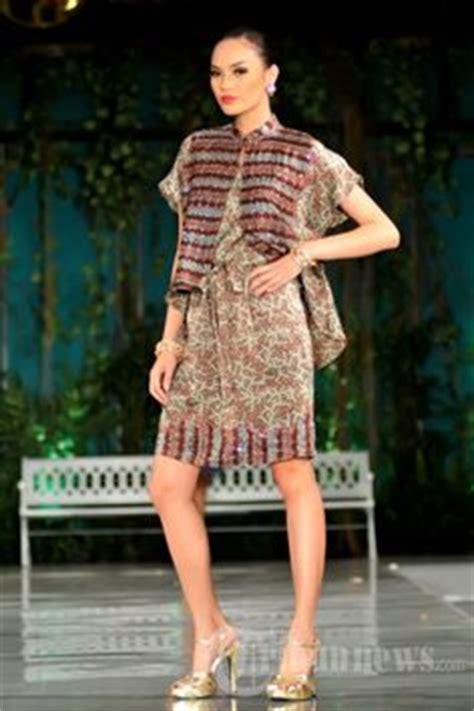 Dress Tenun Ikat Ethnic Tradisional 6 priyo rangrang search batik tenun kebaya