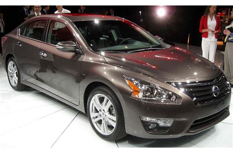 nissan car models nissan car models list complete list of all nissan models