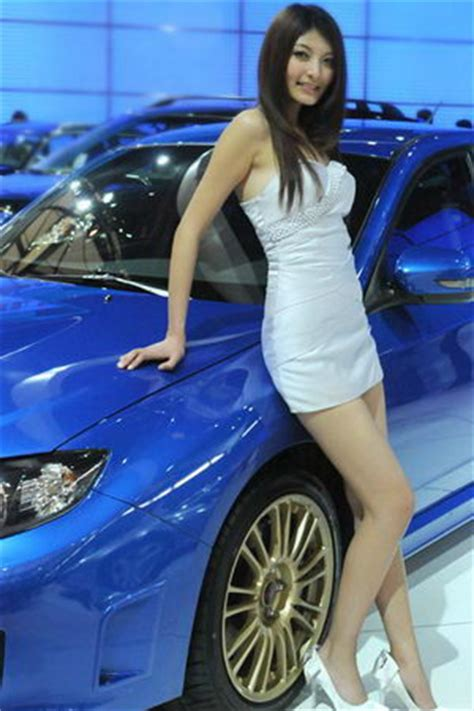 lanna lyons subaru subaru show at 2009 auto shanghai