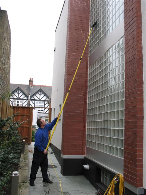 house and window cleaning reach and wash window cleaning cleaning london