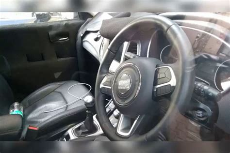 jeep compass trailhawk 2017 interior india spec 2017 jeep compass interior spied video