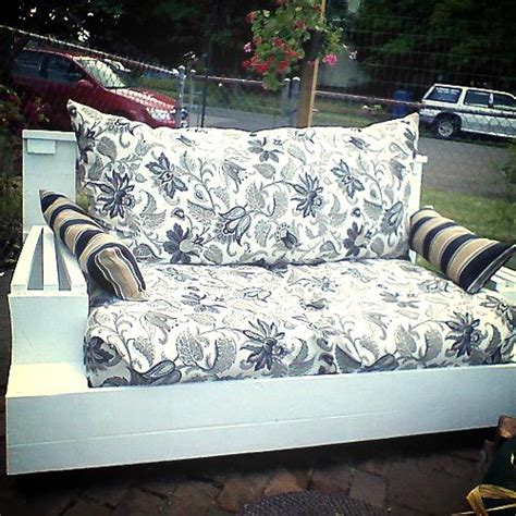 upcycling sofa hometalk upcycle indoor love seat to outdoor couch