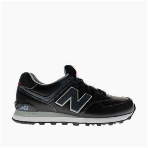 Harga Sepatu New Balance 574 Classic Original new balance 574 original nike air max essential black