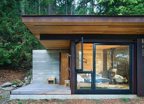 one room homes small one room house located in the woods modern house