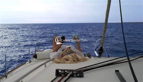 cabin charter eolie vacanze isole eolie imbarco per single cabin charter eolie