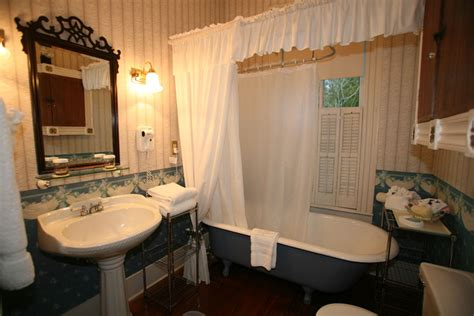 home decor for bathrooms lifestyle decorating a modern victorian bathroom