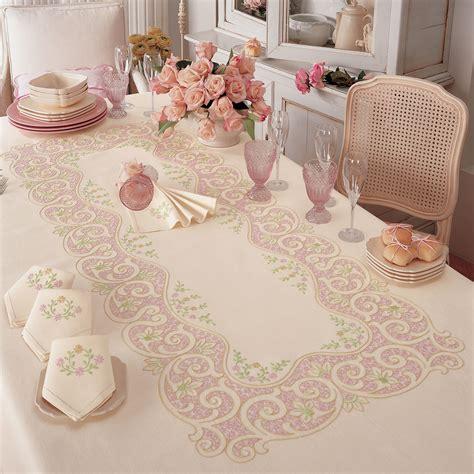 tovaglie da tavola ricamate a mano il vestito per la tavola ricercatamente