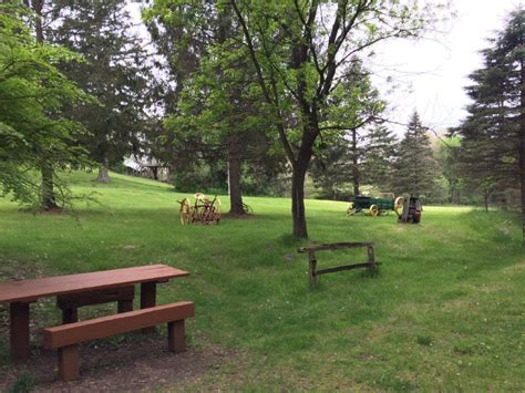 park bench green paint park benches 100 park benches furniture amazing garden