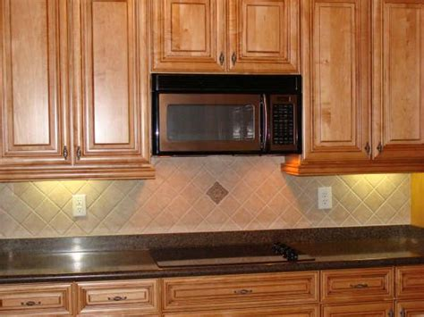 Ceramic Tile For Backsplash In Kitchen Kitchen Backsplash Ideas Ceramic Tile Kitchen Backsplash Random Ceramics