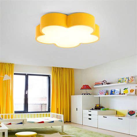 deckenleuchte kinderzimmer design led deckenleuchte modern blume design im kinderzimmer