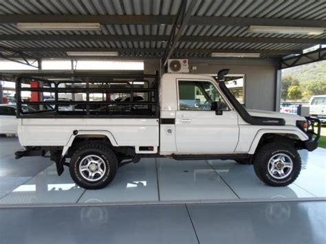 Toyota Land Cruiser 70 For Sale Usa 2006 White Toyota Land Cruiser 70 Series 4 5 R 289 900 In