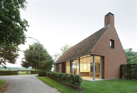 delaware house a rural modern house added on to a classic barn design milk