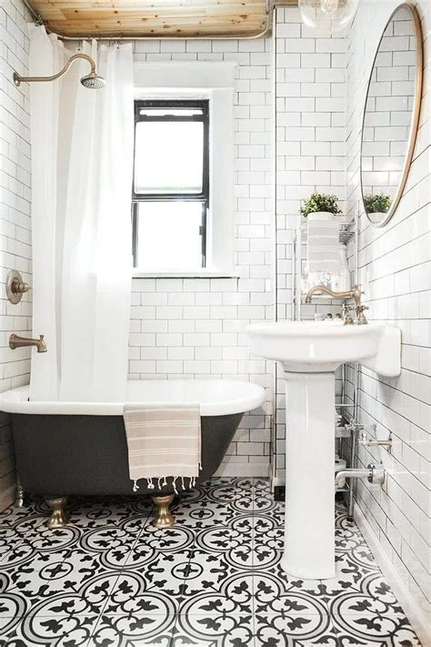 Tile Color For Small Bathroom by Modern Small Bathroom Trends 2018 Create The Optical