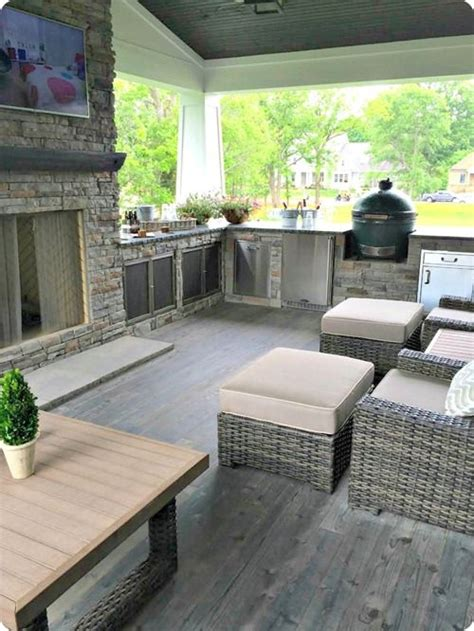livinf spaces 25 best ideas about small covered patio on