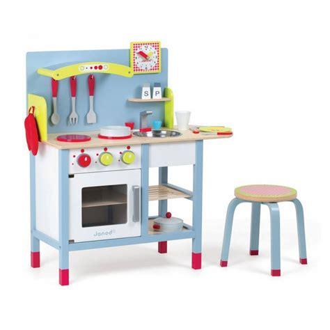 cuisine bois enfant janod ma s 233 lection de cuisine enfant en bois 30 jolies