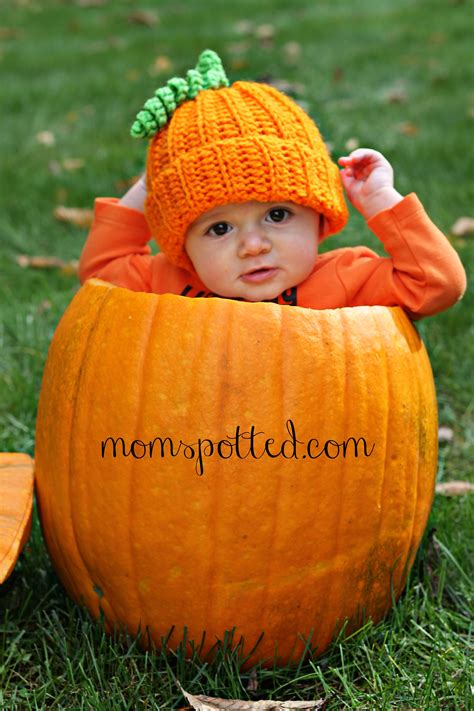 baby s pumpkin baby pumpkin adorable baby photography momspotted