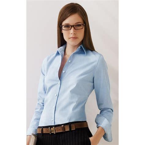 blusas para uniformes elegantes modelos de blusas para oficina uniformes imagui