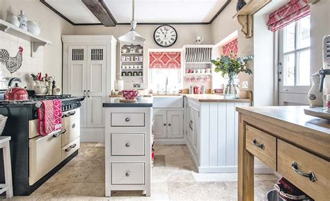 english kitchen design choosing an english kitchen period living