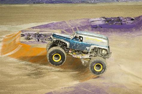 monster jam truck rally photo gallery monster truck jam jan 3 2015 miami herald