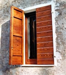 prezzi finestre legno 187 portelloni in legno prezzi