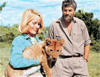 Bor Fress a safari set in a from born free classic safari cs