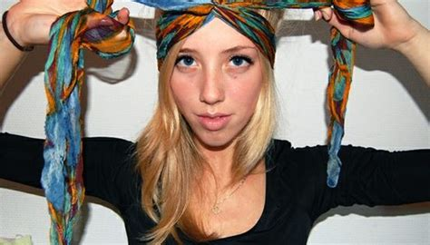 16 beautiful hairstyles with scarf and bandanna pretty 16 beautiful hairstyles with scarf and bandanna turbante