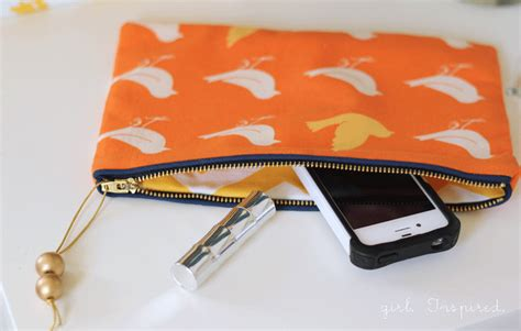 free sewing pattern zippered clutch zippered clutch sewing tutorial girl inspired