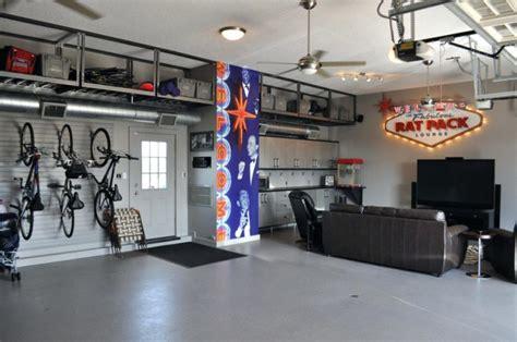 turn  ordinary garage   splendid playroom