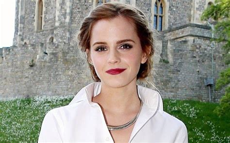 Emma Watson Biography In French | everything mixed 15 things you didn t know about emma