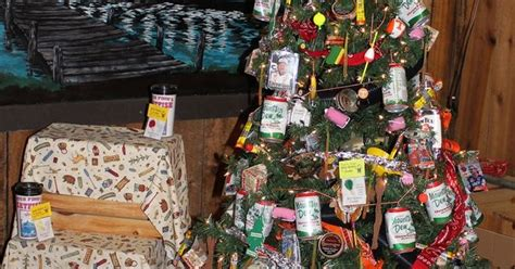 the 11 most white trash christmas trees in existence