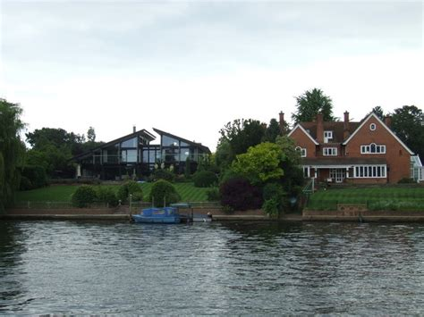 thames ditton river boats houses on the river thames ditton 169 malc mcdonald