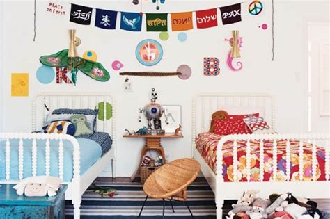 a boy and a girl in bedroom 10 boy and girl room ideas share bedroom tip junkie