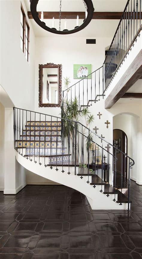 banister in spanish best 25 spanish style bedrooms ideas on pinterest