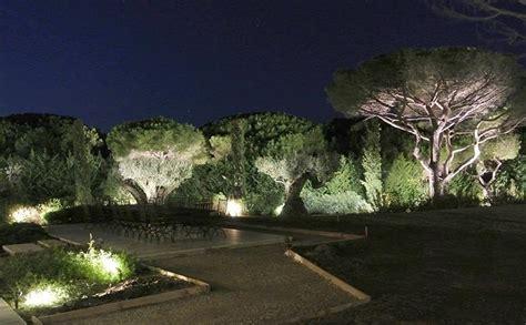 illuminazione per giardino da giardino illuminazione giardino illuminazione
